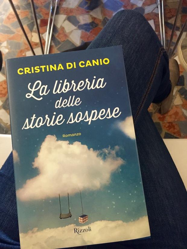 La libreria delle storie sospese: quando i sogni diventano realtà ...